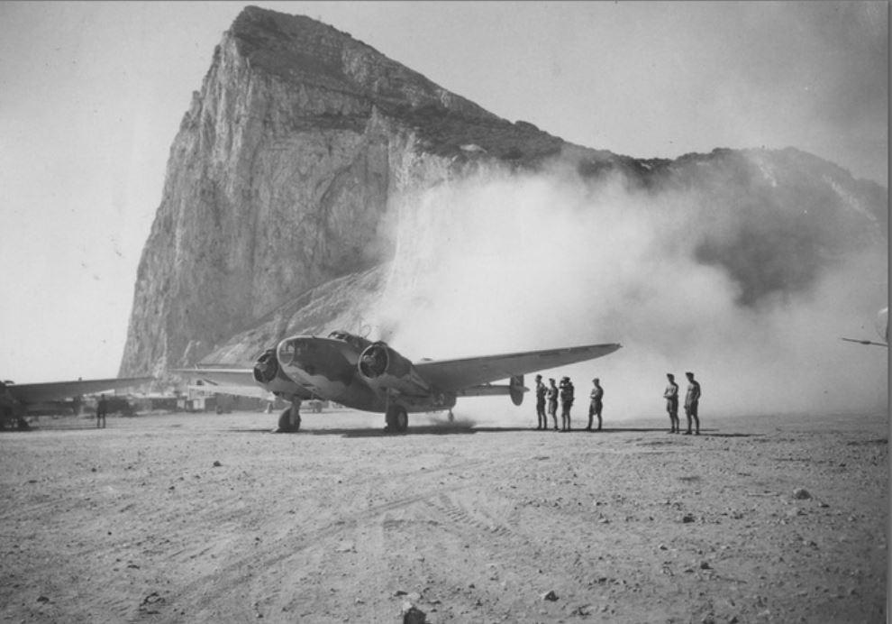 hudson-taking-off-from-gibraltar