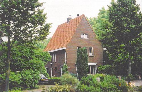 van-der-heijden-home-ca-2002