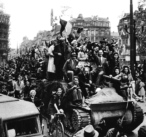 11Liberation of Brussels - Place de Brouckère
