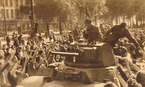 9-Liberation of Brussels - British tankers Boulevard du Midi